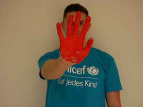 Unicef: rote Hand